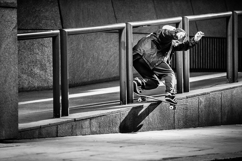 LEO VALLS MAGENTA SKATEBOARDS PHOTO