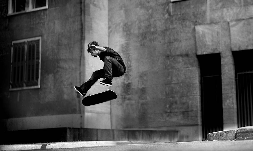 VIVIEN FEIL, MAGENTA SKATEBOARDS PHOTO