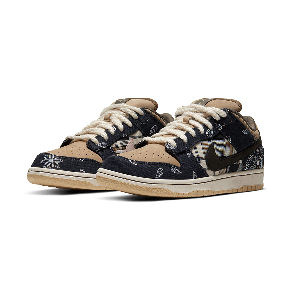 NIKE SB DUNK LOW PRM QS  x TRAVIS SCOTT / 2月29日(土)AM 9:00 発売開始