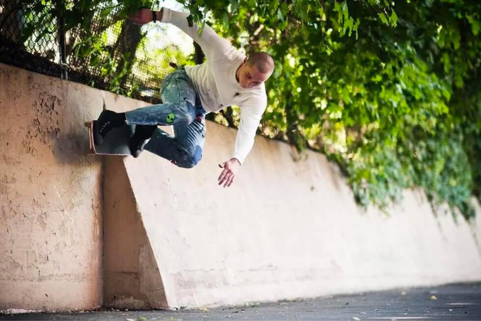 HOCKEY(ホッケー スケートボード)BEN KADOW