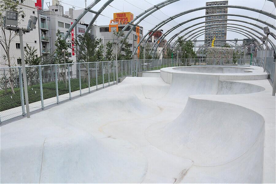 スケートパーク 宮下公園スケート場